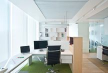 Oficinas geometricas / Gonzalo Rudolphy BMRG, Arquitectos Cielo Baffle