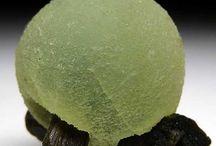 Amazing Gem Minerals / by Sherene Casanova