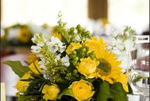 centerpieces yellow green flowers