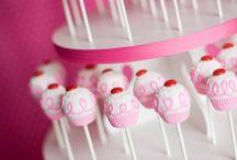 cake pops / by Breanna Whitehouse