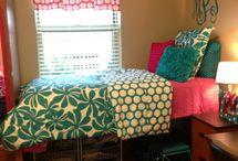 Dorm room ideas / by Kelly Ferguson Feller