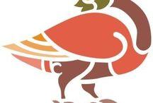 """Кельтский стиль / Племена, известные под именем кельтов (название идет от греков, римляне их называли галлами), примерно 3000 лет назад расселились почти по всей Европе. Герои многих сказаний - Тристан и Изольда, принц Айзенхерц (Железное сердце) и волшебник Мерлин - рождены фантазией кельтов. В их героических сагах фигурируют сказочные рыцари Грааля, такие, как Персифаль и Ланселот. Современник кельтов Аристотель называл их """"мудрыми и искусными"""".  Подробнее см.: http://www.nkj.ru/archive/articles/10396/"""