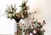 Flowers at Home / Beautiful flower arrangements for the home to give it that wow factor.