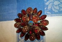Jewels - Brooches and Pins