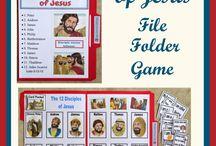 File Folder games and lapbooks