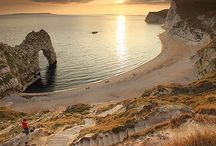 The Jurassic Coast / Beautiful images of around Devon and Dorset on the Jurassic coast to visit while staying at our Milkbere Holiday Cottages