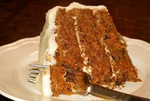 DESSERT IT / Luscious desserts...low calorie, right? / by Susan Bowen