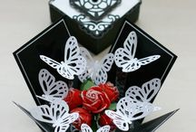 Papercrafts - pop up box