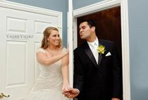 Inn-teresting Photo Ideas / Your wedding photos can be far from the ordinary portraits.  Have some fun with your photos.  Here are a few ideas to spark your imagination!