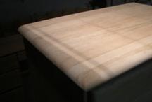 Refurbished wood / Bois restauré / Some examples of refurbished furnitures I have realised. / Quelques exemples de meubles remis à neuf que j'ai réalisés  / by atelierunikart