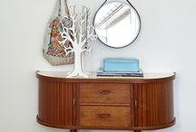 Interior: table/shelf