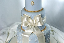 Feminine/Floral Cakes / by Jenniffer White