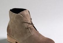 Shoes / by Luisa Marangon