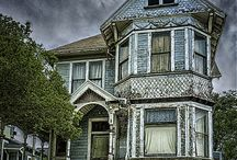 Architecture: [Haunted Houses]