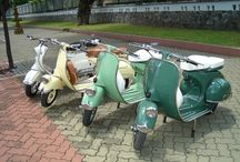 Vespa / A list of cool Vespa photos.  I wouldn't mind owning a Vespa some day.