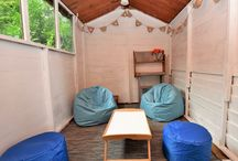 Kids Rooms / Many of our holiday homes have been designed with kids in mind. From snug rooms to tree houses, there you are sure to find something to let their imagination run wild.