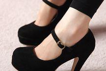 Tapuklu Ayakkabı