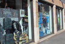WP1 Ostiense / WP1 e' il primo e il più grande negozio del gruppo WP, sito a Roma nel quartiere universitario di Via Ostiense con una superfice espositiva di circa 360mq e sette vetrine e' composto da due piani, il primo dedicato all' abbigliamento streetwear le calzature e gli accessori, il secondo dedicato alle tavole e all' abbigliamento tecnico per il Kite, Windsurf, Surf, Sup, Skate, Bike, Snowboard e Freesky