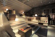 Interior - Podium / Podium Display Retail