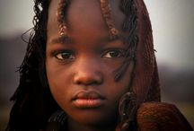 Himba tribe / The Himba (OmuHimba for singular, OvaHimba for plural) live in northern Namibia, in the Kunene region and on the other side of the Kunene River in Angola. The OvaHimba are considered the last (semi-) nomadic people of Namibia.