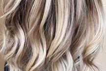 Medium-Length Hairstyles for Women / Photos of women with medium-length hairstyles.