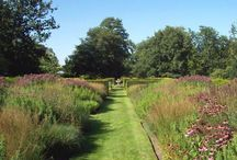 Special Events 2014 / Perennial offer a range of special events throughout the year at private and public gardens across the UK. All proceeds help Perennial support horticulturists in need.