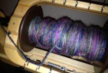 Spinning / Making yarn on spinning wheels