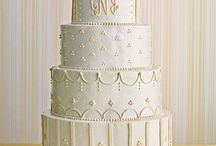 wedding cakes / by Robin Geis