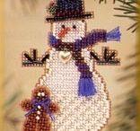 Jewelry: Beaded Animals,Dresses,Pocketbooks, Holiday & etc. / by Deborah Belcea