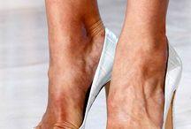 Shoes I Love / by Jimena Croxatto