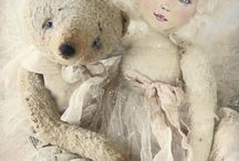 Dolls From The Netherlands / These beautiful works of art are made by the talented artist Marijke Van Ooijen. What would I give to own any one of these precious dolls!
