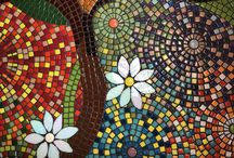 Kitchen Backsplash Mosaics / Mosaic backsplashes and shower mosaics make great projects, and with a little thought, it is possible to come up with designs to decorate your home. Get inspired with ideas and we can help you design your own!