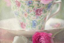 Tea cups / Tea cups
