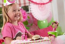 Pink Mod Monkey Party / This theme is the perfect theme for your little monkey!