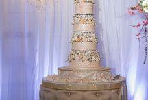Wedding Cake Extraordinaire
