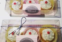 Minu' Bonbons / Italian Dog Bakery prodotti con ingredienti di alta qualità. Cake Birthday, Donuts, Cup cake, Macarons e molto altro ancora. La pasticceria Minu' Bonbons la trovi a Treviso presso Minu' Pet Shop e nei migliori negozi. Se desideri la pasticceria Minu' Bonbons può essere personalizzata nelle forme e nei colori da voi preferiti. Se desideri ricevere il nostro catalogo scrivici a info@minupetshop.it