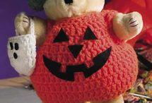 Free Autumn Crochet Patterns / by Craft Downloads