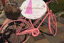 """Café Croquembouche in der """"Alten Schreinerei"""" / Bezaubernde Impressionen unseres süßen, kleinen Cafés und unseres noch leckereren Angebotes."""