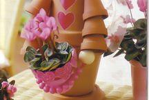 cserép diszek virágtartok