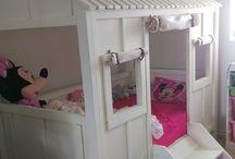 jakobi bedroom