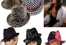 Chapeaux coupés cousus