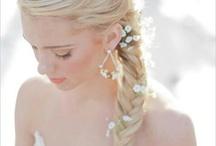 Wedding hair sidestyle