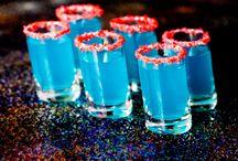 mixed drinks, jello shots / by Jan Jordan