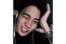 ONE - Jung Jaewon / Nome artístico: ONE Cantor solo YG Entertainment  COISINHA FOFA, BIAS LINDO ❤
