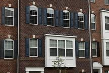 15231 Leicestershire Street Woodbridge, VA 22191 / 4 years new! Desirable Gated Potomac Club Community. Walk to Stonebridge Town Center. 3 bedrooms/2.5 baths with one car garage lots of storage and 2 walk-in closets. Many upgrades through out house, kitchen includes stainless steel appliances, granite counters and lots of cabinet space. Largest open floor plan available in community. Extra large windows let in loads of light. Move-in ready.