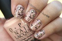 nails / by Kylie schlesener