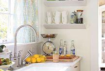 Kitchen / by Leanne Bohannon