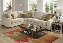 Corner Sofas / A stunning choice of fabric and leather corner sofas in varying sizes, styles and colour choices to suit any living area.