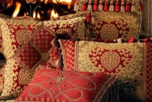 Cushions - Pillows - Bolsters - Pouffes / Textiles to admire - Design to inspire - Stitching to emulate