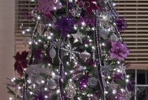 CHR : Purple Christmas.